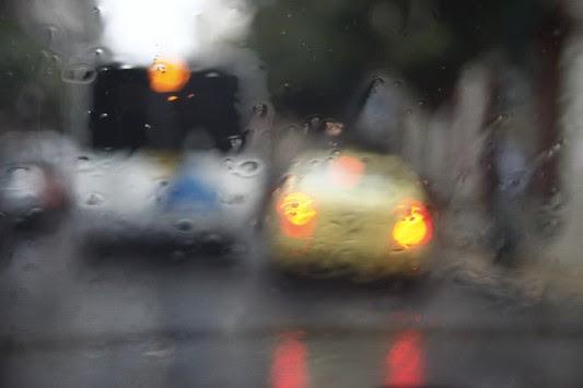Καταιγίδες σε όλη τη χώρα – Επικίνδυνα φαινόμενα σήμερα και αύριο