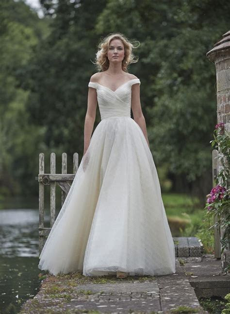 Stephanie Allin 2016 Wedding Dresses Love Letters