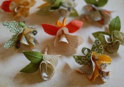 http://micajadecostura.files.wordpress.com/2011/03/como-hacer-flores-de-tela-4.jpg