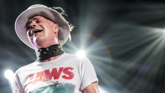 Tour de force: Pretending that sorrow is joy as Gord Downie leaves the stage