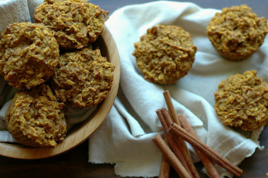 Pumpkin Spice Baked Oatmeal Cups :: Baked Oatmeal On The Go! - Raising Generation Nourished