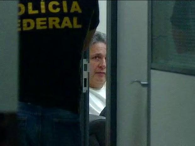 Garotinho foi preso e levado para a sede da PF no Rio (Foto: Reprodução/GloboNews)