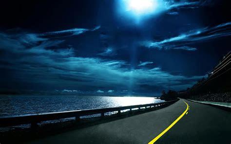 night highway desktop wallpaper