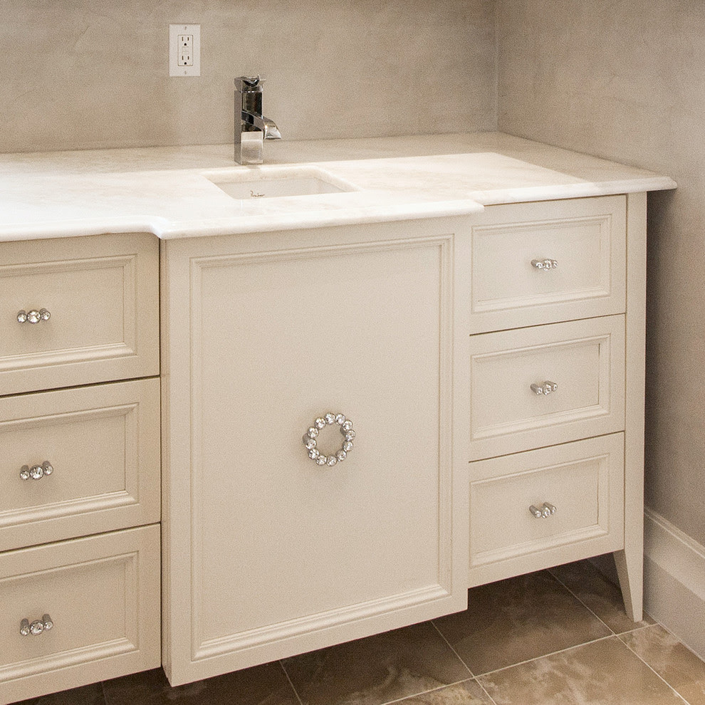 Innovative drawer pulls and knobs in Closet Contemporary with