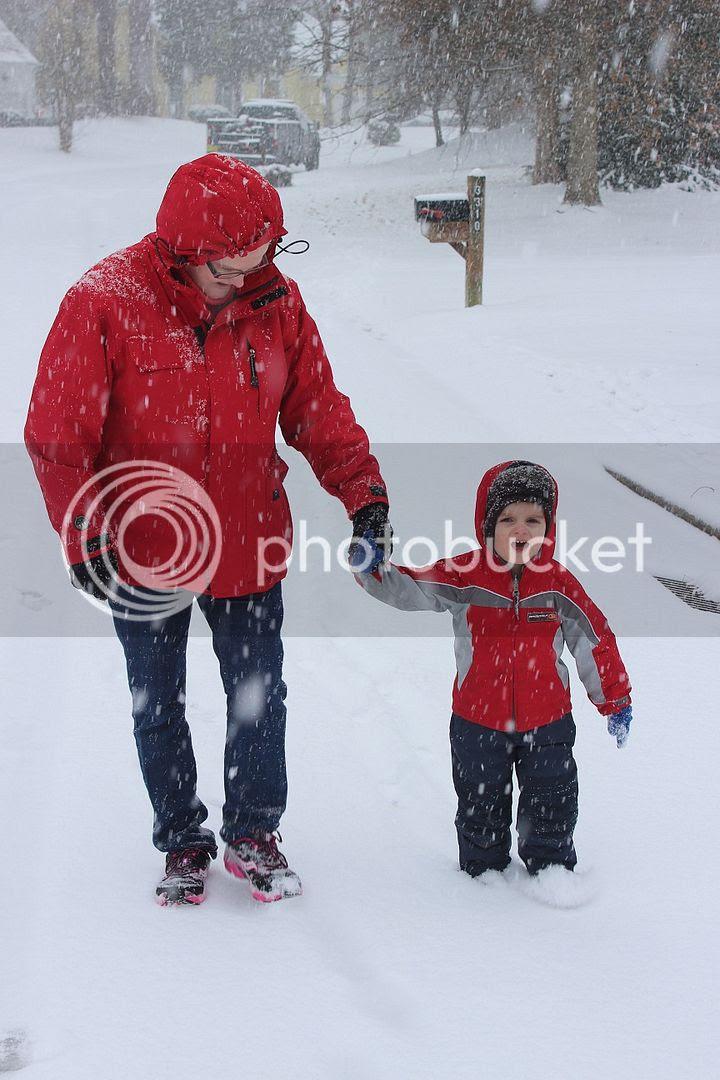 photo snow2_zps97fa4977.jpg