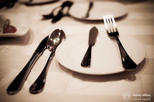 Samsung_NX100_eating_15