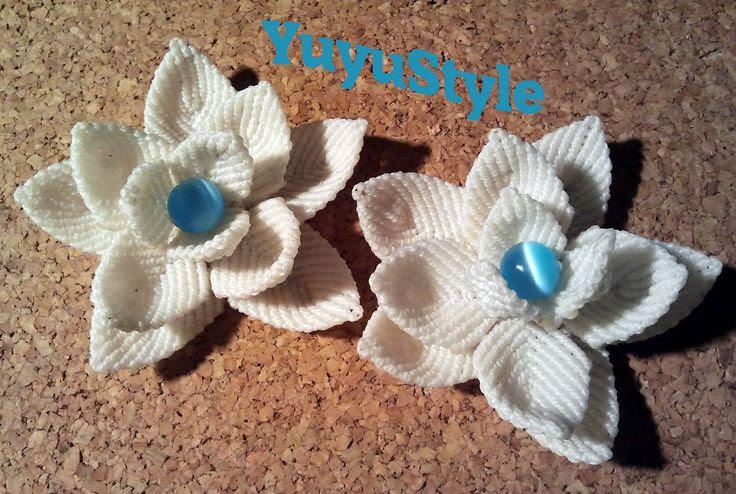 Horquillas flor de lotto en macramé