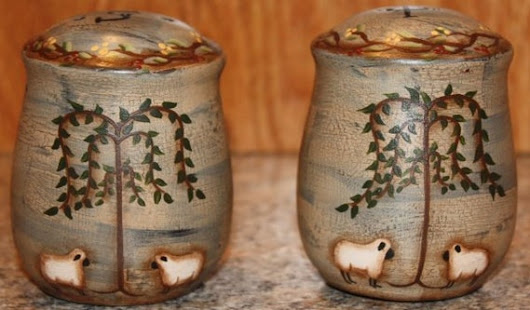 Salt and Pepper Shakers Willow Tree Pottery Primitive Decor