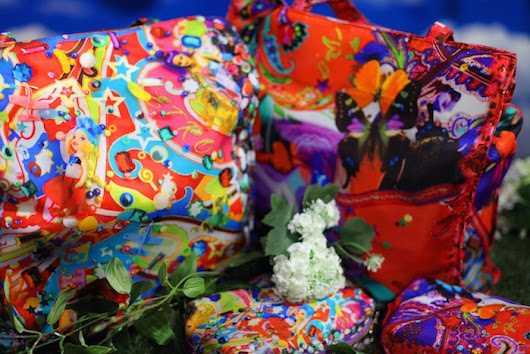 Trip on this acid-colorful collabo by Etro with Mika Ninagawa ◎蜷川実花 x ETROのコラボでトリップする鮮やかなエデン楽園へ