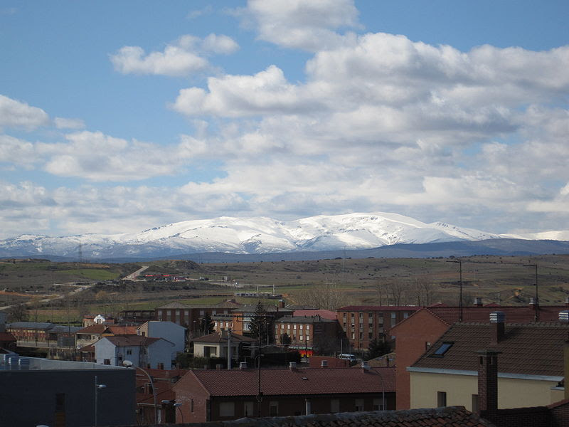 File:Teleno desde Astorga.jpg