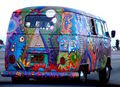 VW_Bus_T1_in_Hippie_Colors_2