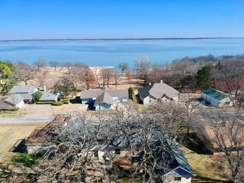 Beautiful Lake View property with room to entertai