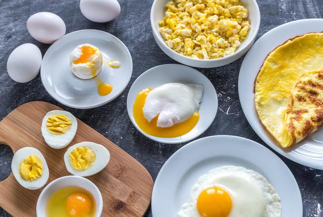 huevos-fritos-escalfados
