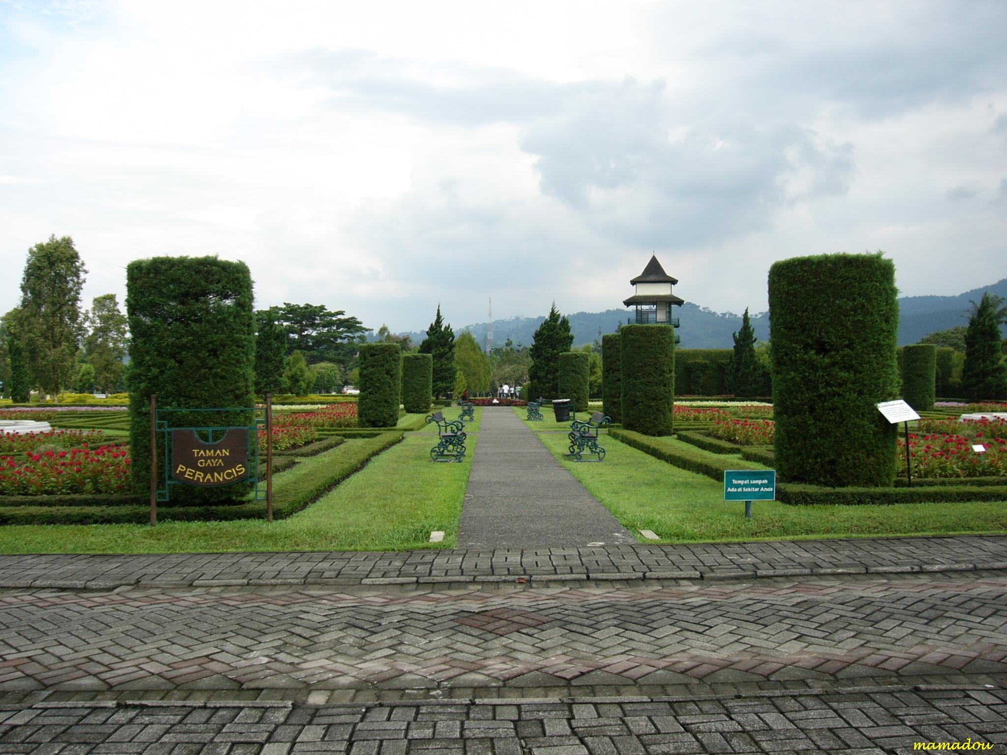 Taman Bunga Nusantara Cipanas
