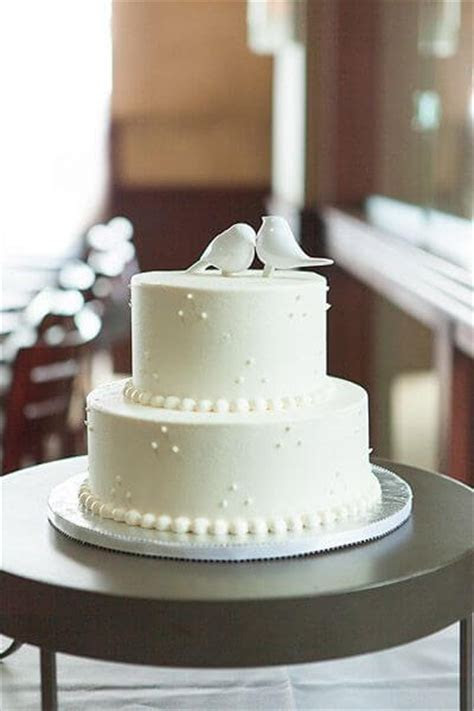 Find a Wedding Cake For Your Budget   Hizon's Catering