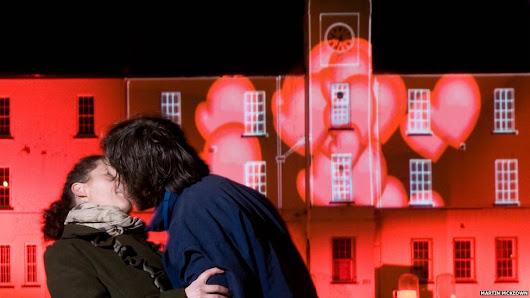 Win a Romantic Break for 2 in the Walled City of Derry~Londonderry!