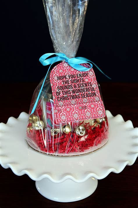 58 Cheap Goodie Bag Ideas For Adults, DIY Party Favors (or