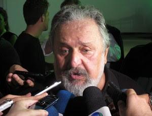 Luis Alvaro de Oliveira Ribeiro, presidente do Santos (Foto: Marcos Guerra / Globoesporte.com)