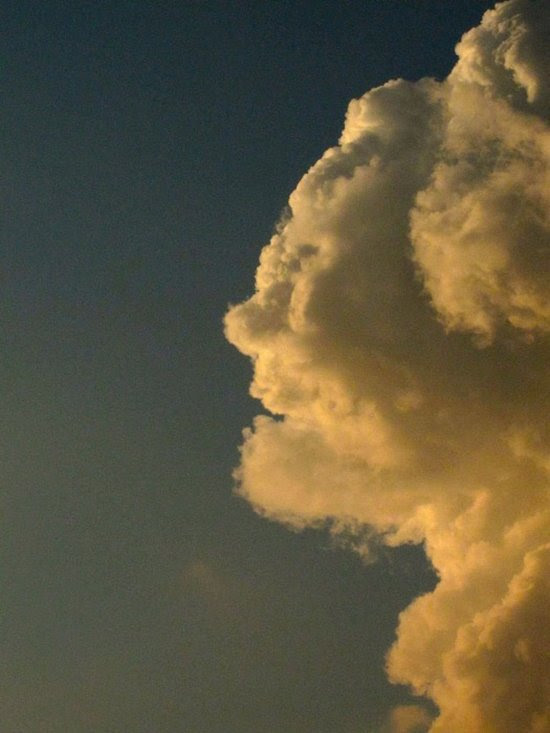 Σύννεφα που μοιάζουν με πράγματα (17)