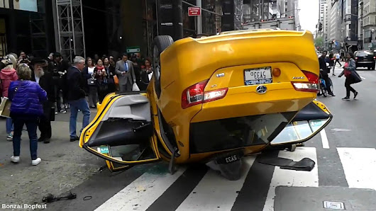 VIDEO: Taxi flips on top on Fifth Avenue in Midtown Manhattan |