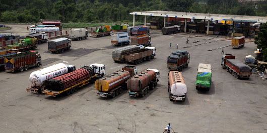 An Early Sign India's Huge Tax Revamp Is Working: Happy Truck Drivers    - WSJ