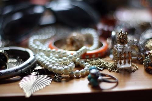 Jewelry at f/1.4