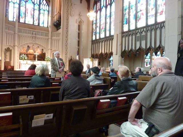 P1080269-2011-03-07-Phoenix-Flies-Peachtree-Christian-Church Architect John Busby speaking