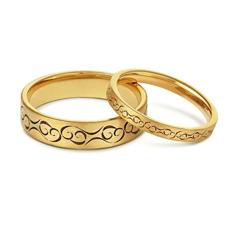 The perfect wedding bands for same sex couples   The