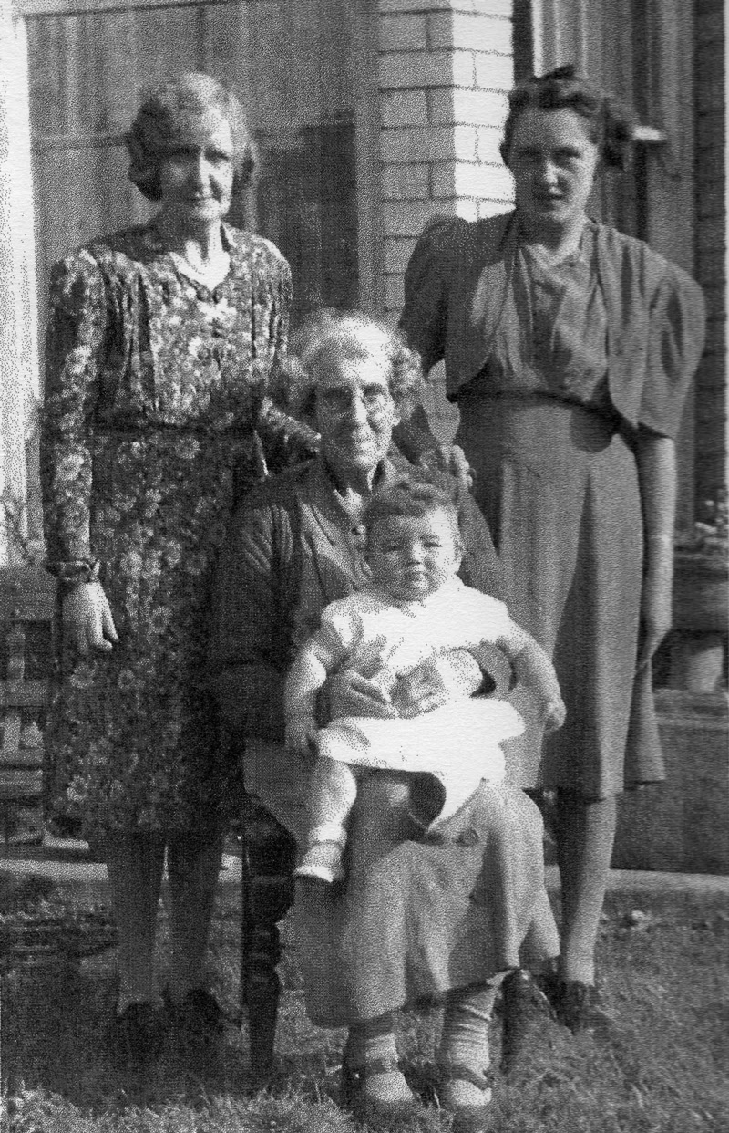 Ethling Harding née Pask with her daughter Dulcie, granddaughter Roma, and great granddaughter Christine
