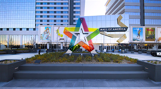 Mall of America is Closing on Thanksgiving Day. Will Big Box Retailers Follow Suit?