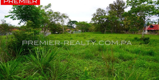 LOTS WITH AN EXCELLENT LOCATION | Premier Realty Panama