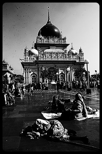 The Poor Of Uttar Pradesh Live On Borrowed Dreams ,,, by firoze shakir photographerno1