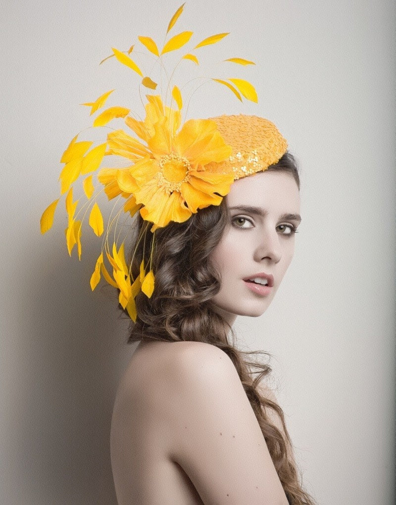 Golden/yellow Cocktail hat