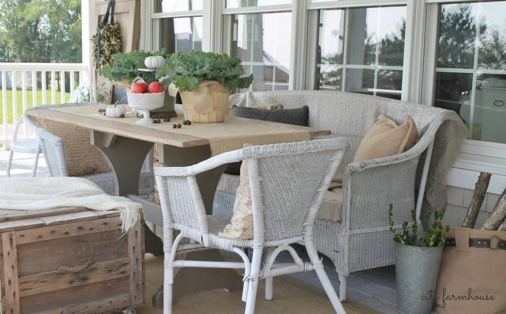 Fall Porch City Farmhouse DIY Harvest Table & Creative Seating