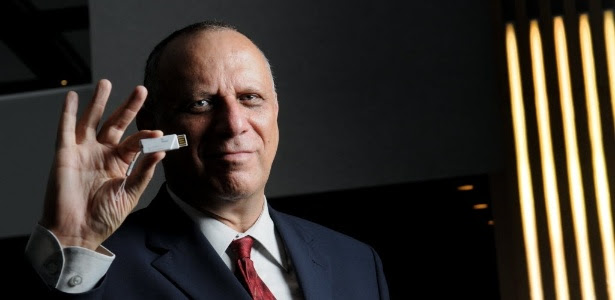 Engenheiro israelense Dov Moran, inventor do pendrive