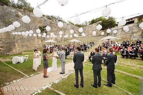 Quarry amphitheatre // Photo by Deray & Simcoe   Weddings