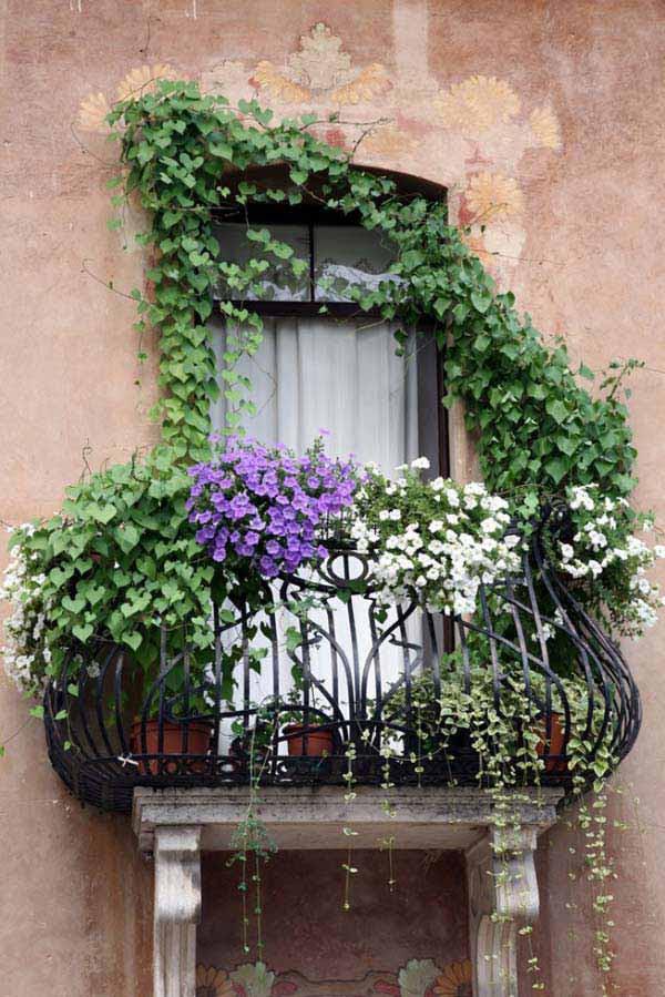 Small-Balcony-Garden-ideas-9
