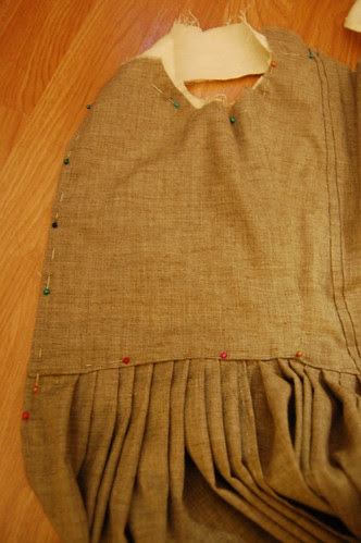 Making a robe a l'anglaise 28