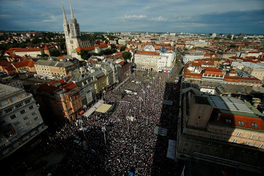 Thousands of Croatians protest for education free of politics