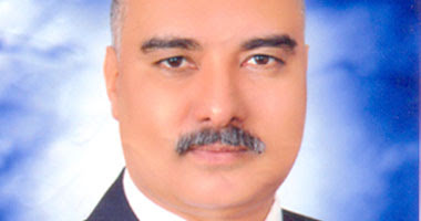 الدكتور ممدوح وشاحى وكيل وزارة الصحة بأسيوط