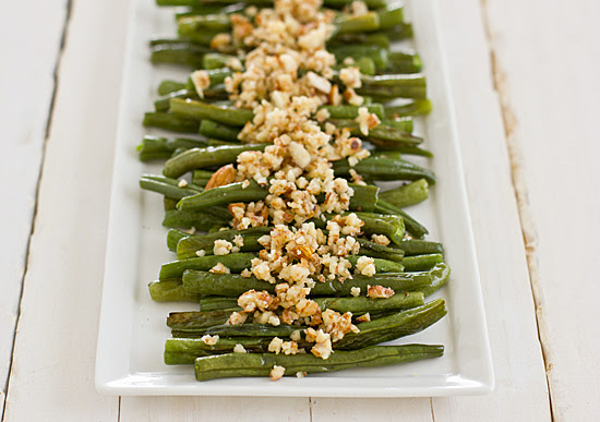 green_beans_with_lemon_almond_pesto