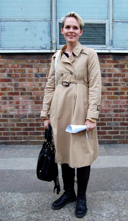 HandMraincoat