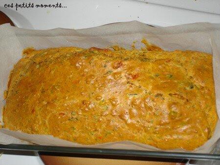 Cake_aux_tomates_sech_es__aux_capres_et_au_basilic_copie