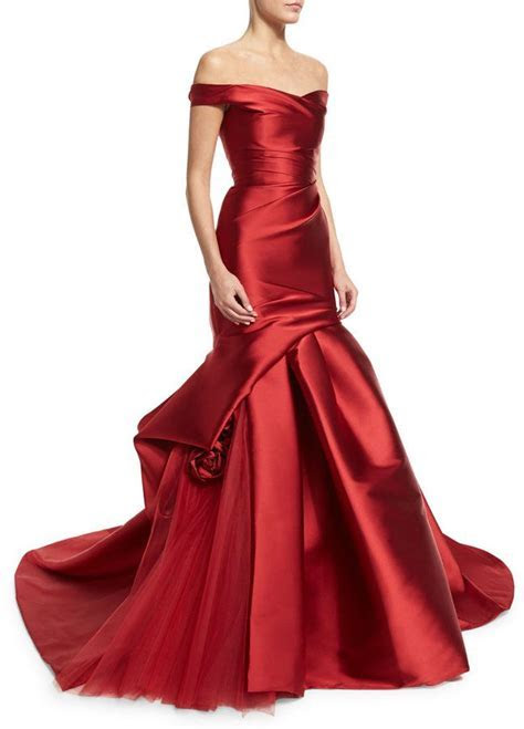17 Best ideas about Off Shoulder Gown on Pinterest