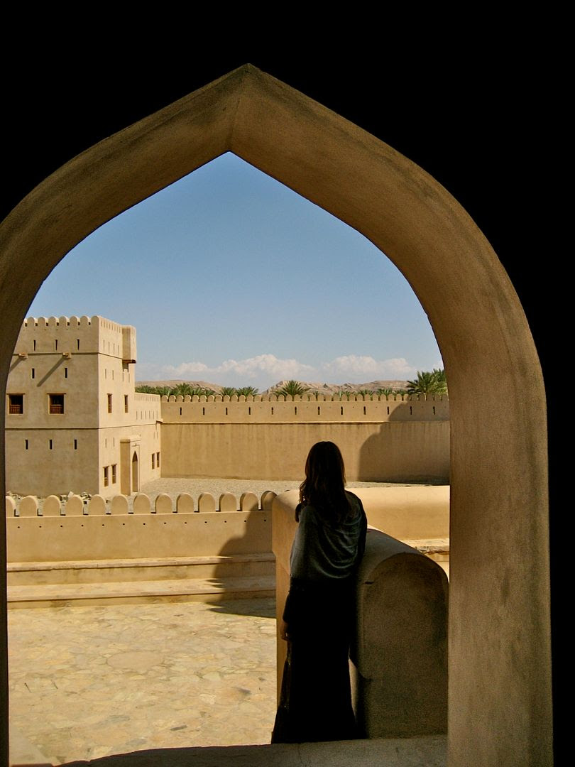 2012.01.06, A real oasis in the desert with a castle and fort to guard it. (Oman)