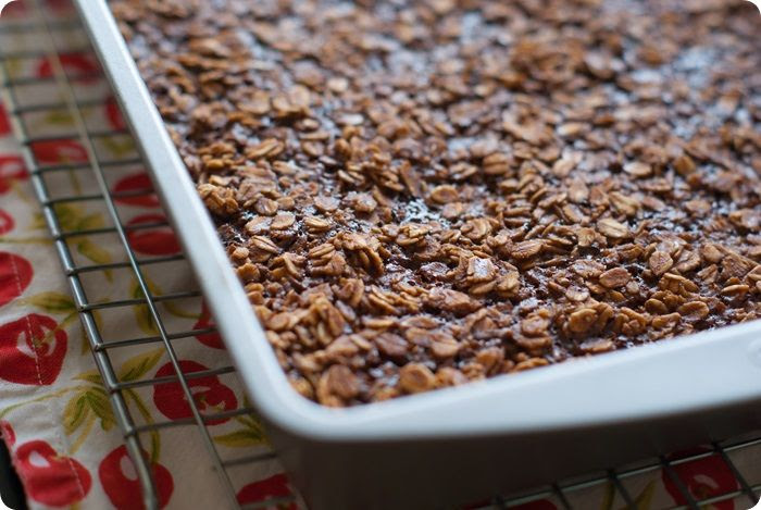 baked nutella oatmeal...with a SECRET ingredient!
