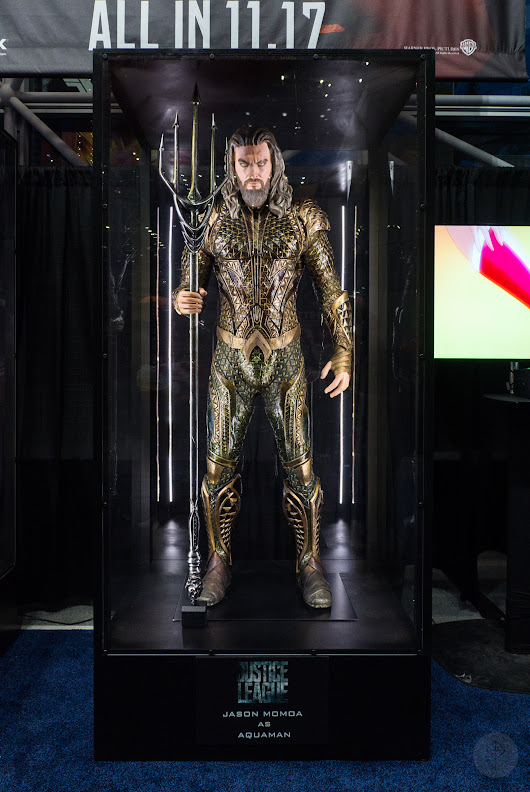 The Justice League costumes look great in person at NYCC