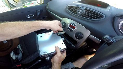 add iphone ipod  android mp   renault clio