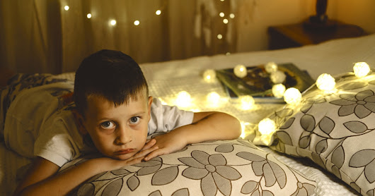 Here's How To Help Your Child Cope With Social Anxiety During The Holiday Season