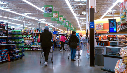 Walmart to offer advance payday app for workers
